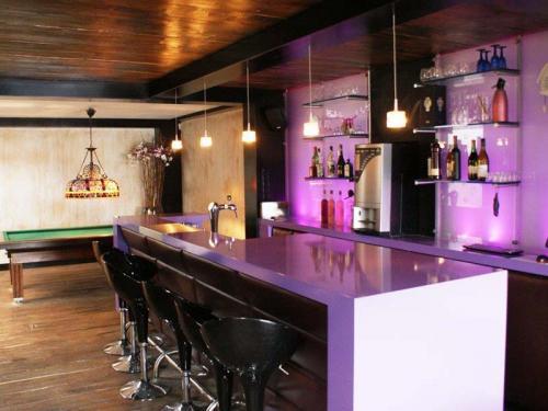 Moderne bar